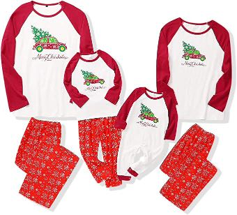 Kerst pyjama gezin